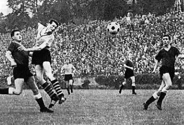 Tor von Jürgen Schütz gegen Borussia Neunkirchen