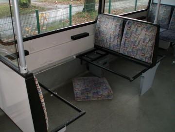 zerstoerte Sitze in der U-Bahn