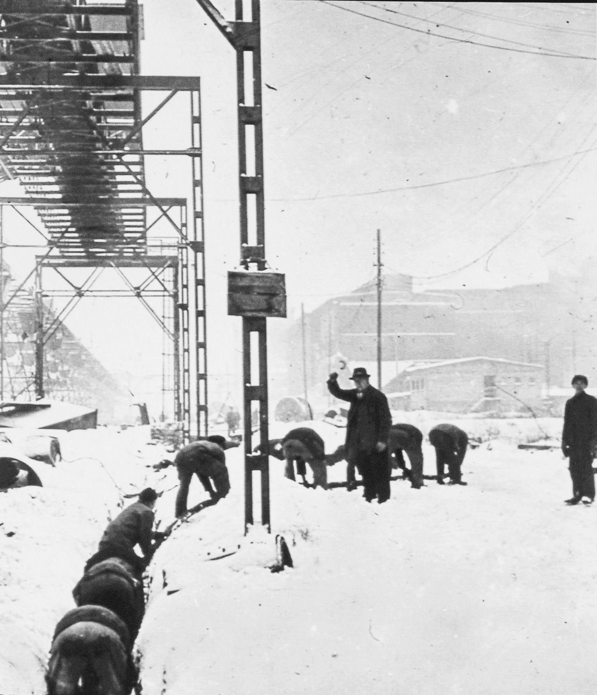 Arbeiter in Monowitz