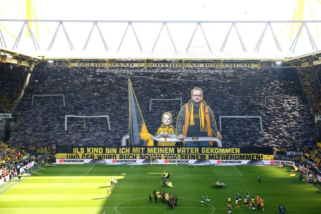 Die für das Heimspiel gegen Stuttgart geplante Choreografie wurde gestern nachgeholt.