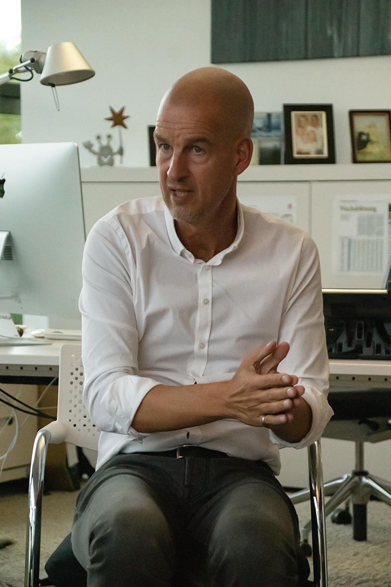 BVB-Geschäftsführer Carsten Cramer: Erstmal keine Gehälter
