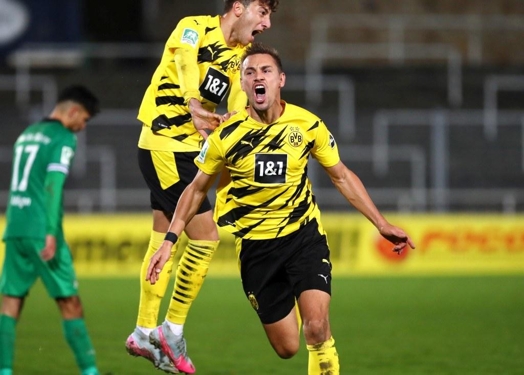 Franz Pfanne schreit seine Freude nach dem Treffer zum 2:0 heraus
