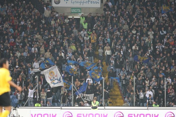 Nochmal die Kurve in Udine im Jahre 2008