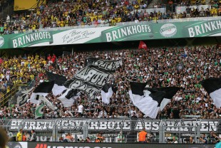 Aktion der Gladbacher gegen Betretungsverbote