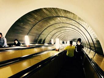 Bis zu 125 Meter tief - die Moskauer U-Bahn ist eine Attraktion für sich