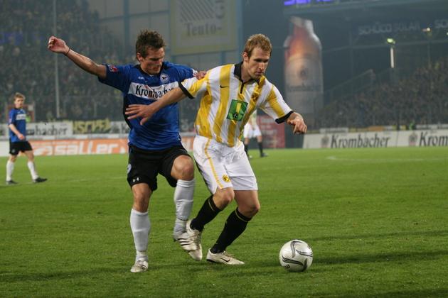 Als Kringe noch Stammspieler war - hier gegen Bielefelds Jonas Kampper