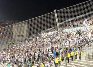 Marseille Kurve neben dem Dortmunder Gästeblock