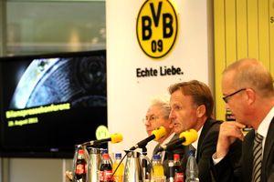 BVB Bilanz-Pressekonferenz 2010/11 - Schneck, Watzke, Treß