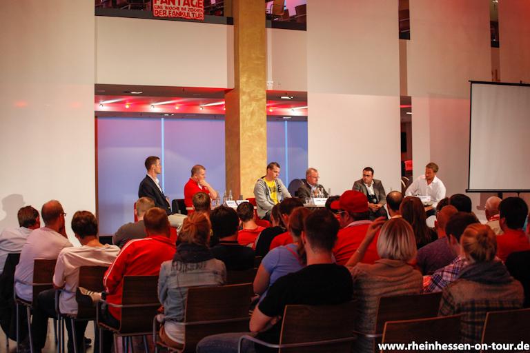 Diskussionsrunden bei den Mainzer Fantagen