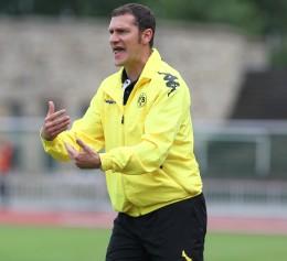 BVB-Jugendtrainer Eickel an der Seitenlinie