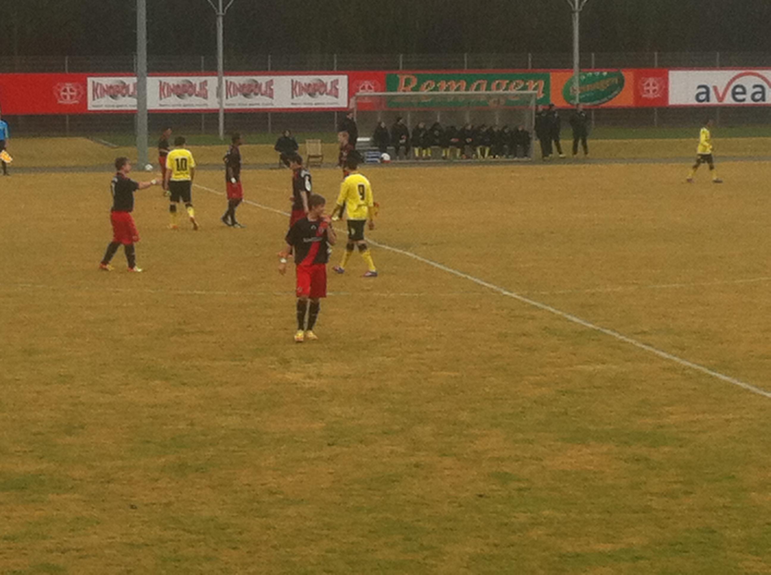 Spielszene U17 Bayer - BVB