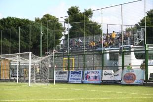 Rund 30 BVB-Fans fanden den Weg nach Aversa