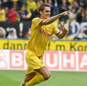 Sebastian Kehl celebrates his goal