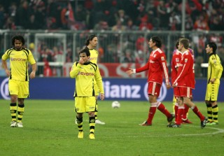 Owomoyela (l.) and Hajnal were disapionted after the match in Munich
