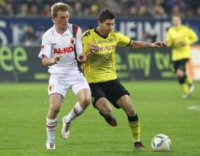 Lewandowski im Zweikampf