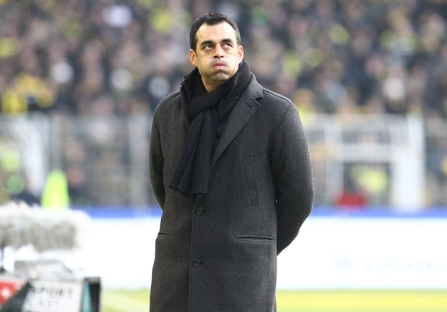"Leverkusens Trainer Dutt macht ""dicke Backen"""