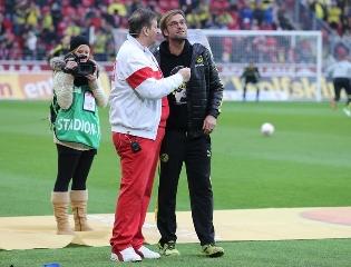 Stadionsprecher Klaus Hafner mit JK
