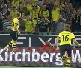 Marco Reus celebrates