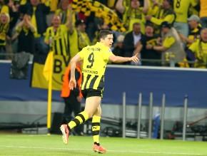 Lewandowski bejubelt seinen ersten Streich