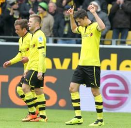 Robert Lewandowski bejubelt seinen Treffer zum 1-1