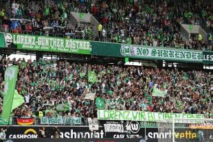 Die Wolfsburger Kurve huldigte Lorenz Günther Köstner