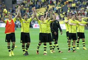 Celebration wave after the match