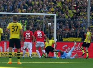 Marco Reus erzielt das 1-0