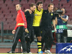 Hummels has to leave the pitch