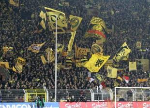 Die Südtribüne in Aktion beim letzten Heimspiel gegen Köln