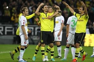 Neven Subotics Torjubel nach seinem Tor zum 2:0 gegen Mönchengladbach