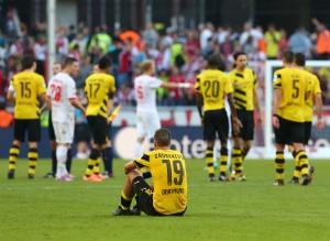 Frust nach dem Abpfiff im Müngersdorfer Stadion