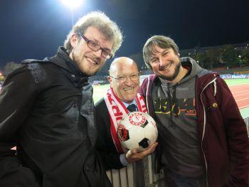 Klaus Ulonska hieß die sg.de-Redakteure im Südstadion willkommen