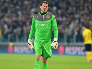 Hard times for Roman Weidenfeller at Dortmund