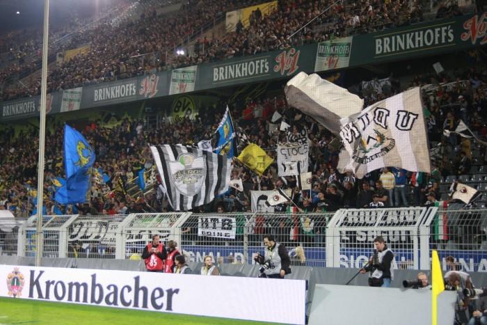 Und so könnte es aussehen (Westfalenstadion 2008 anlässlich des Qualifikationsspiels zum UEFA Cup)