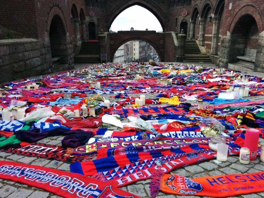 Trauerbekundungen in Helsinborg nach dem Tod eines Familienvaters in Helsingborg