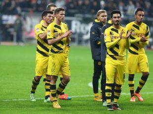 Die Mannschaft nach der Niederlage im Hinspiel bei der SGE