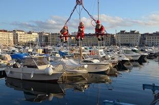 Weihnachtliche Stimmung am Port Vieux