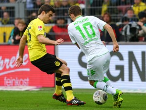 Last season: Sokratis against Kruse