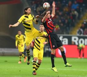 Riesenbock vor dem 1:0, auch bei späteren Frankfurter Offensivszenen nicht im Bilde. Note 5.