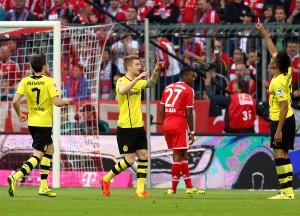 Hofmann, Reus und Aubameyang feiern das 2:0