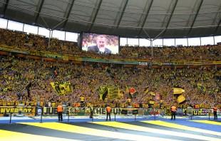 Auch sonst zeigte sich die Kurve stimmgewaltiger als die Bayernfans