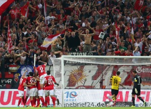 Dumm gelaufen - die Mainzer feiern das 2-0