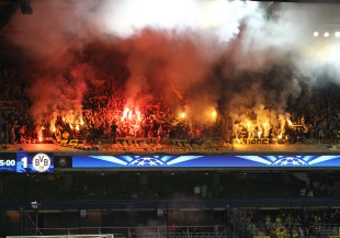 Pyroshow in the BVB-fanblock