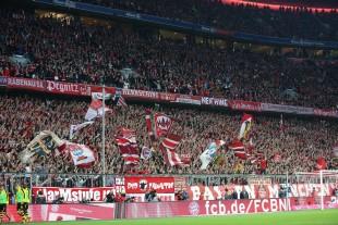 Starker Auftritt der Münchener Südkurve