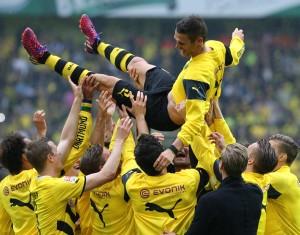 Nach dem Spiel wird der Capitano auf Händen getragen