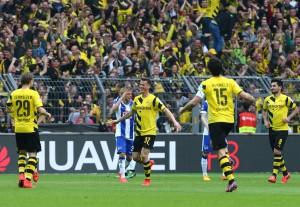 Erik Durm feiert seinen ersten Bundesligatreffer