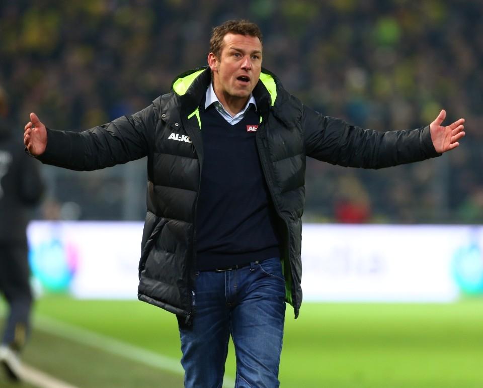 Hat Weinzierl den richtigen Match-plan gegen den BVB?