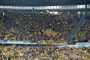 Über 10.000 BVB-Fans fanden den Weg nach hannover
