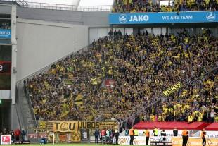 Trotz Bewährung Materialverbot in Leverkusen