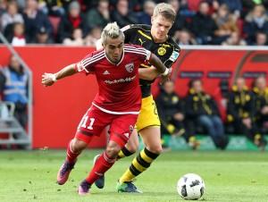 Matthias Ginter gegen Dario Lezcano